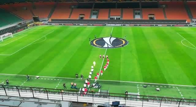 KURIR U MILANU: Himna Lige Evrope ZAORILA se na  San Siru