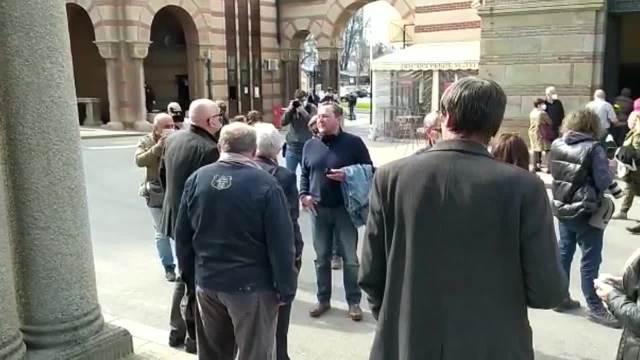 VLASTU VELISAVLJEVIĆA ISPRAĆAJU U VEČNOST NA SVETSKI DAN POZORIŠTA! Kolege se okupljaju na Novom groblju u Beogradu