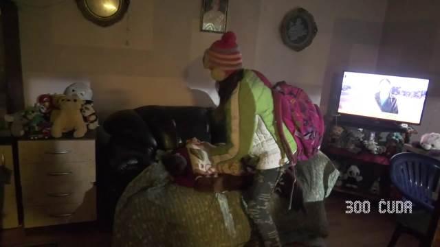 Teška životna priča devojčice Milice i njene keruše Lare