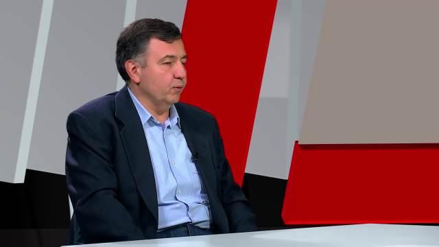 Politički analitičar o ulozi Makrona u procesu pregovora Beograda i Prištine