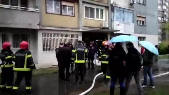 OKONČANA DRAMA U SOLITERU U NOVOM BEOGRADU: Požar ugašen, nema povređenih, trudnica bezbedna