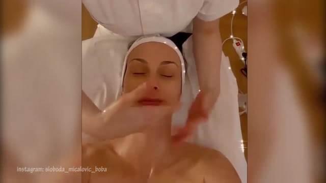 SLOBODA MIĆALOVIĆ BEZ TRUNKE ŠMINKE: Glumica pokazala prirodno izdanje, a ovako se NEGUJE! (VIDEO)