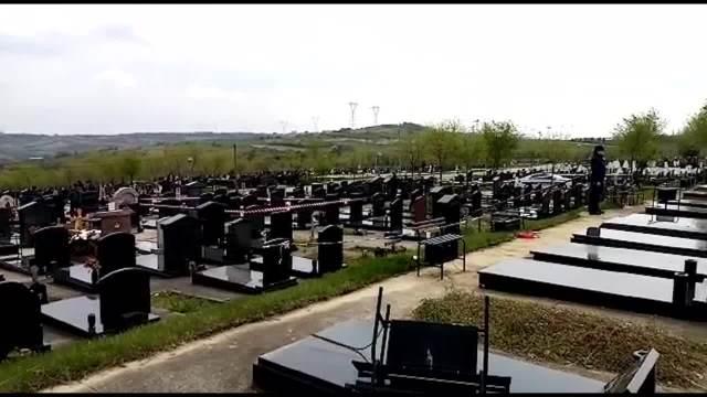 Pucnjava na groblju Lešće