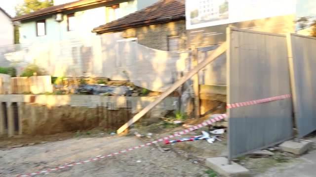 OVAKO IZGLEDA AVIO-BOMBA UKLONJENA SA BANOVOG BRDA: Specijalnim alatima skinuta 2 upaljača, odmah uništeni