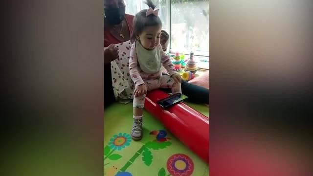 Mala Minja Matić je dobila najskuplji lek za SMA, njeni roditelji ni sanjali nisu da će joj ovo nekada uspeti