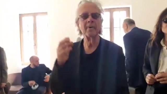 VELIKI NOBELOVAC MEĐU SVOJIM SRBIMA: Peter Handke dočekan u Andrićgradu uz LEB i SO