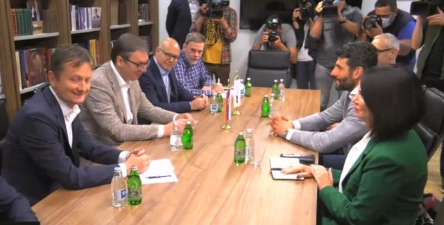 Završen sastanak Vučića i Šapića