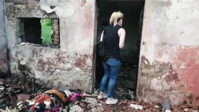 MESTO TRAGEDIJE U ŠAŠINCIMA: Sedmogodišnja devojčica stradala u požaru, tri njene sestre i majka dobile opekotine