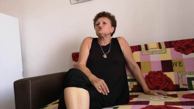 JEDINA SRPKIJA KOJA ŽIVI U ĐAKOVICI! Dragica Gašić NE IZLAZI IZ STANA, zabranjen joj je ulazak u prodavnice!
