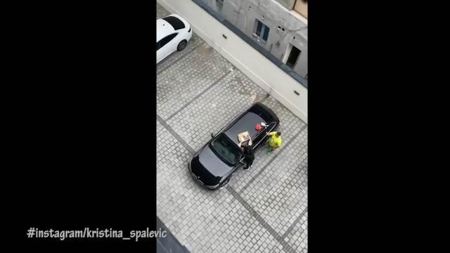 KRISTIJAN JE NEPONOVLJIV: Golubović napravio Kristini iznenađenje za rođendan koje će pamtiti! Doveo trubače, tu je i TORTA!
