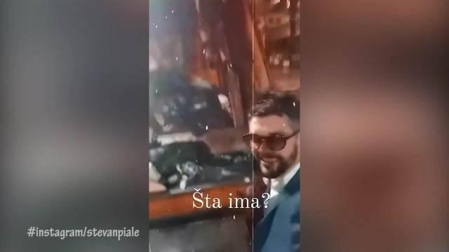 NAKON GALA SVADBE ZAVRŠIO SA ĐUBRETARIMA: Poznati glumac se U ODELU vozio na prikolici kroz Beograd!