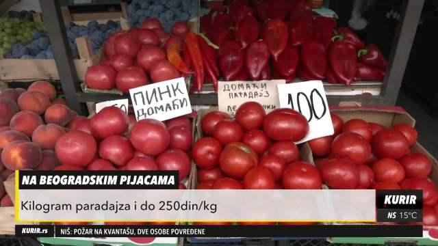 OVE GODINE BEZ ZIMNICE? Poskupelo voće i povrće na pijacama! Proizvođači prinuđeni da PODIŽU CENE