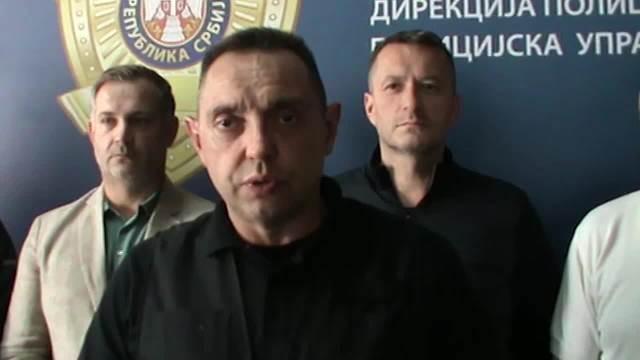 RUKE GORE, POLICIJA! OVNOM RAZVALILI VRATA: Spektakularna akcija hapšenja u Novom Sadu za ubistvo MMA borca!