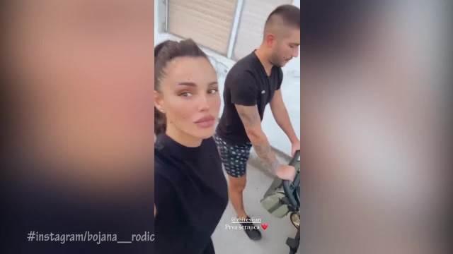 PRVA ŠETNJA MALOG ZORANA ŠIJANA: Bojana i Mirko uživaju u roditeljstvu, on gura kolica, a ona napravila EMOTIVNI SNIMAK! (VIDEO)