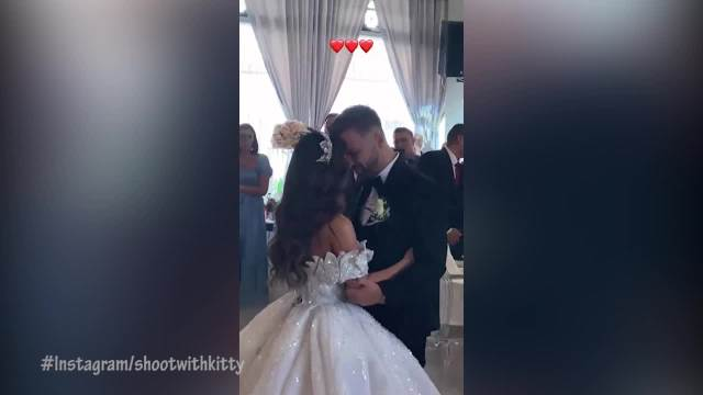POGLEDAJTE BAJKOVITE KADROVE SA VENČANJA DŽEHVINOG BRATA! Prvi ples mladenaca oduševio prisutne, ne skidaju OSMEH SA LICA! (VIDEO)