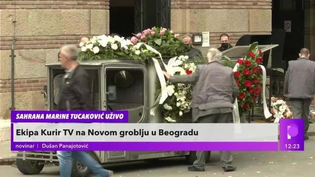 SAHRANA MARINE TUCAKOVIĆ UŽIVO: Završeno opelo, tužna povorka kreće da isprati Marinu na večni počinak