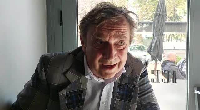 TIHOMIR STANIĆ NAKON PREMIJERE FELIKSA O GLUMAČKOM IZLETU PISCA: Kecmanović da se okane glume i vrati pisanju