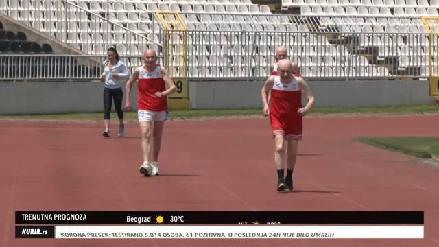 DEKE MARATONCI: Ozbiljno zagazili u DESETU deceniju života, a i dalje uspevaju da istrče maraton (KURIR TELEVIZIJA)