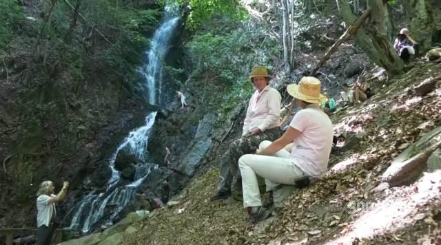 NIJEDNA KNJIGA IZ GEOGRAFIJE VAS NIJE SPREMILA NA OVO: 71 metar prirodne lepote vodopada Jelovarnik (KURIR TELEVIZIJA)