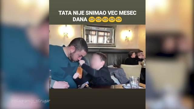 PETAR STRUGAR SE SNIMAO SA SINOM! Glumac izbegava da ga pokazuje javno: Sad su izašli u kafić i nasmejali SVE! (VIDEO)